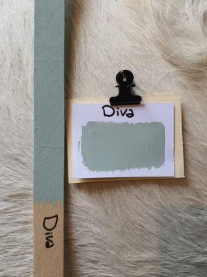 Diva kreidefarbe. Grau und grün farben