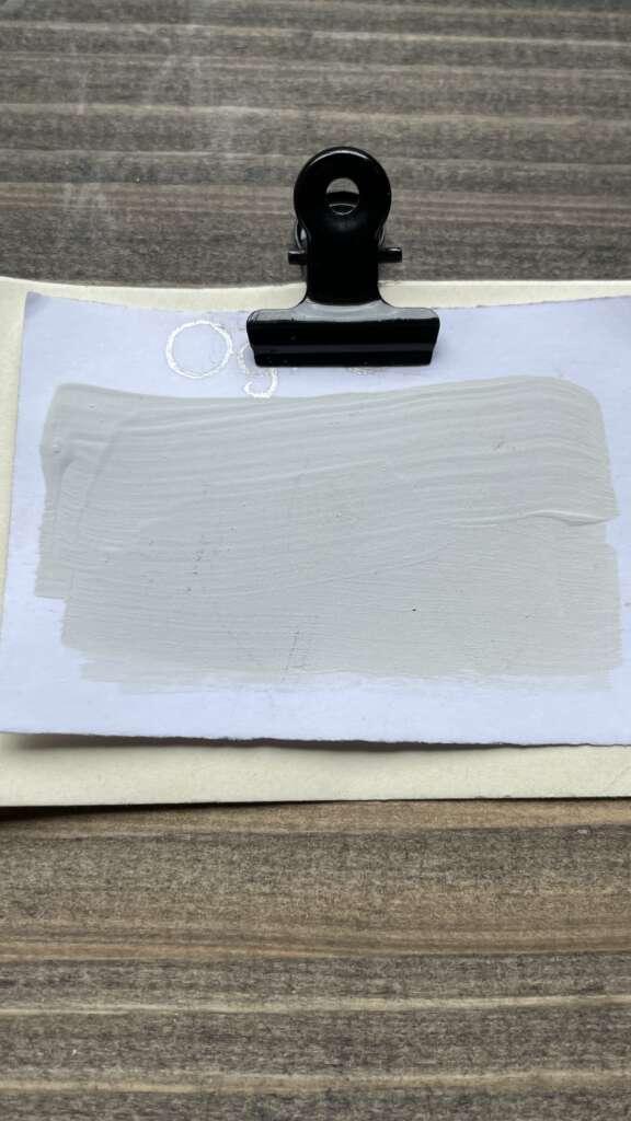 Weiße Kreidefarbe und Wandfarbe von MaisonMansion